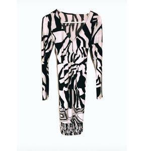 Liz Lange black and white maternity dress.
